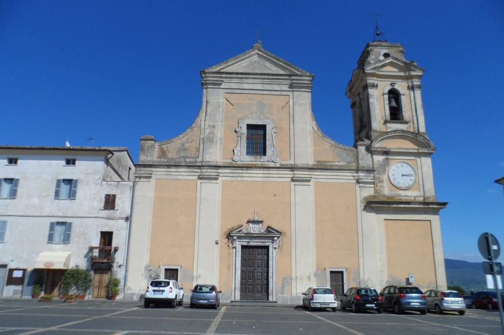 facciata della chiesa ss.filippo e giacomo.JPG