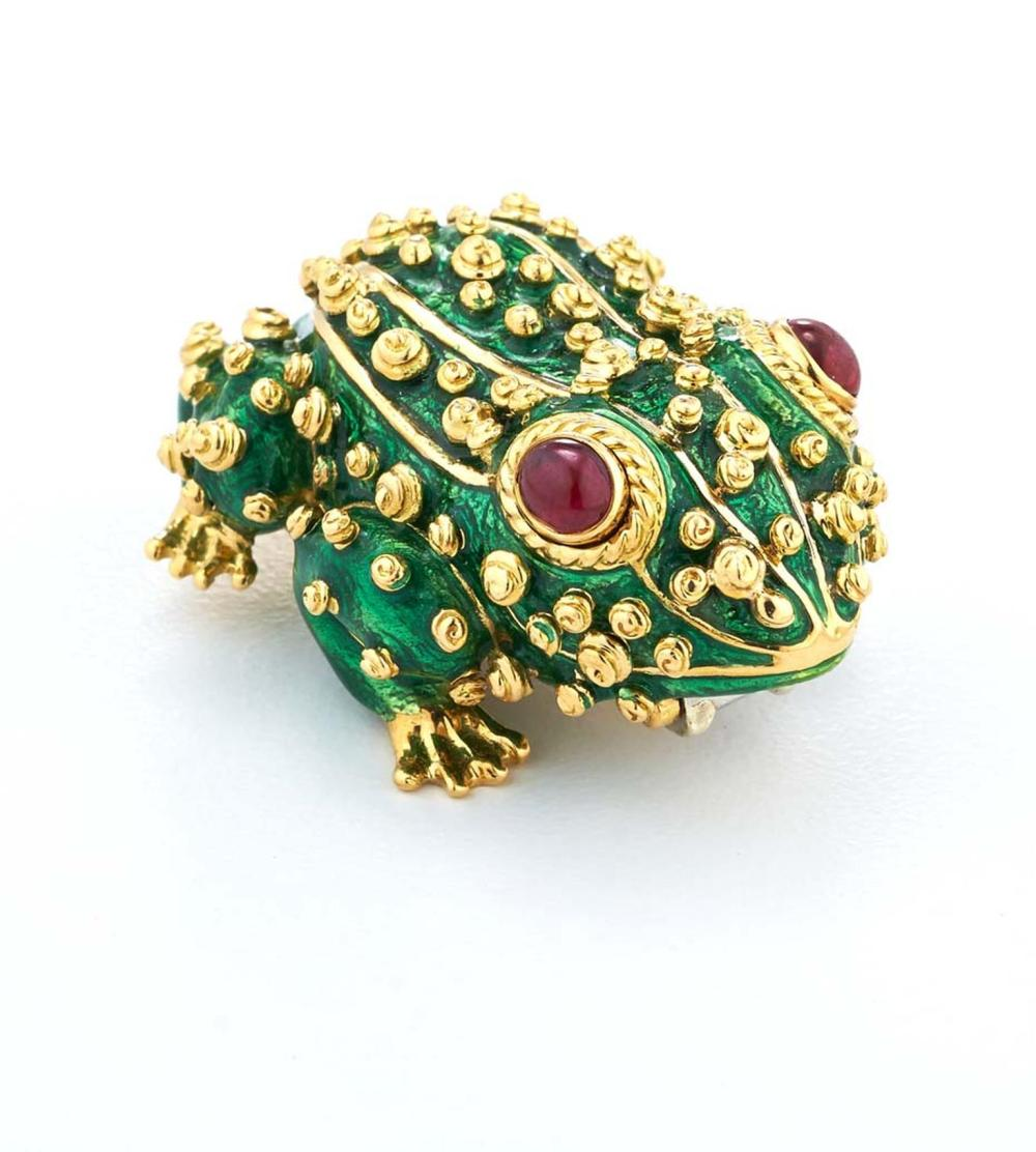 David Webb Frog Jewellery002.jpg__1536x0_q75_crop-scale_subsampling-2_upscale-false.jpg