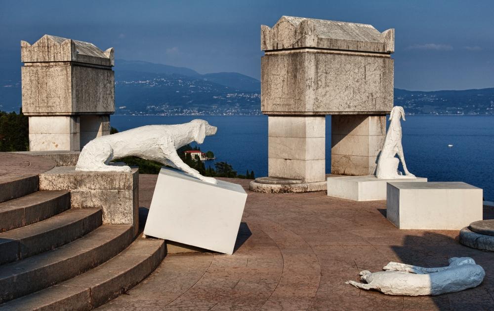 mausoleo_e_tomba_di_gabriele_d27annunzio_28vittoriale_degli_italiani29